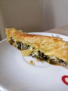 plăcintă cu brânză și leurda